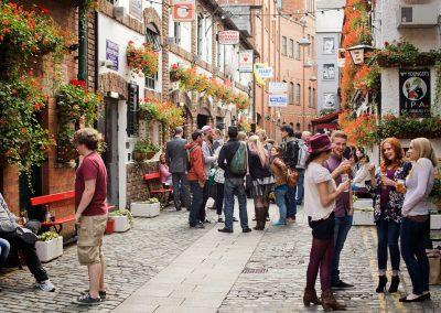 Belfast, Cathedral Quarter. Credits-Tourism-Ireland