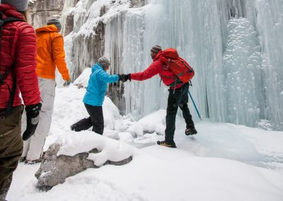 Maligne Canyon Icewalk 5 - DestinationCanada